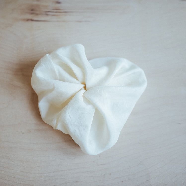 Silk Scrunchie In Cream
