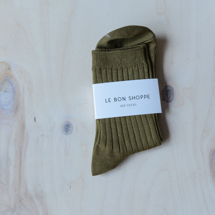 Her Socks (MC cotton) in Pesto By Le Bon Shoppe