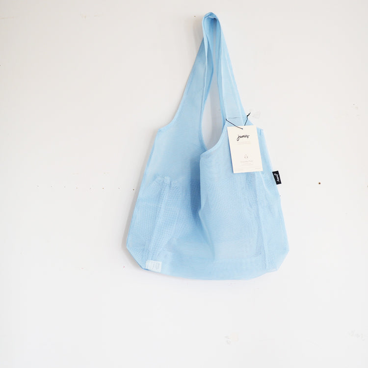 Junes Everyday Tote Bag With Bottle Pocket in Pale Blue