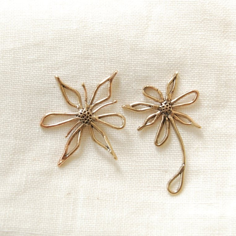 Bloom Earrings By Hawkly