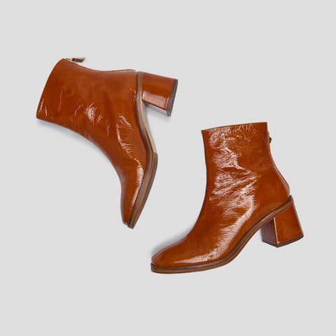 Cybil Walnut Leather Boots By Miista