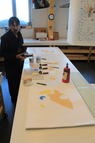 Print making in cape Dorset - Kinngait studios