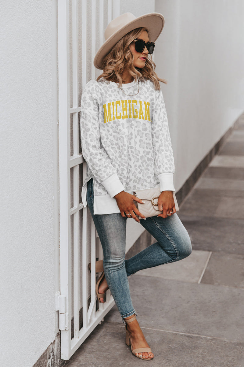 "MICHIGAN WOLVERINES ""DAY OFF"" Crew Neck Side-Slit French Terry Pullover"