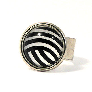 Geometrics - Sterling Silver Plate Curve Pattern Adjustable Ring