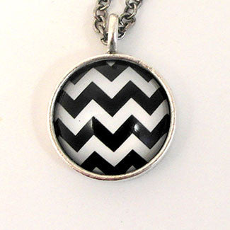 Geometrics - Small Sterling Silver Plate Zig - Zag Pattern Necklace
