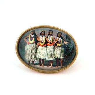 Hula Girls - The Hawaiian Island Dance Brooch