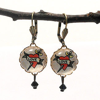 Love Dagger15mm Round Earrings