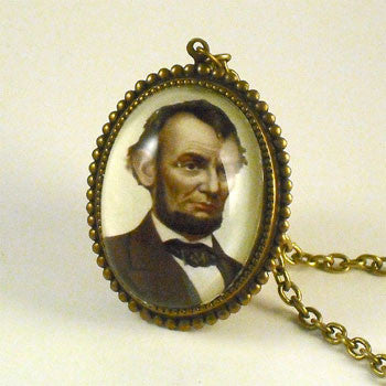 Abe's A Babe - Abraham Lincoln Presidential Pendant Necklace