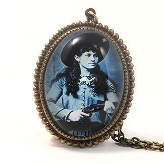 Sharp Shooting Annie Oakley Necklace