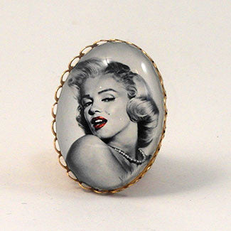Marilyn Monroe Cocktail Ring