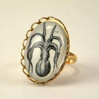 I'm All Arms - Vintage Octopus Engraving Petite Ring