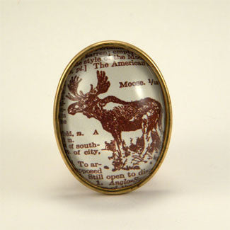 Chocolate Moose Deluxe King of the Woods Engraving Brooch