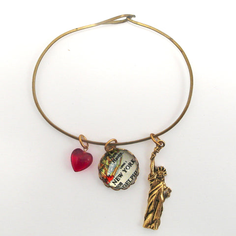 New York Map, Statue of Liberty with Red Heart Bead Charm Bracelet