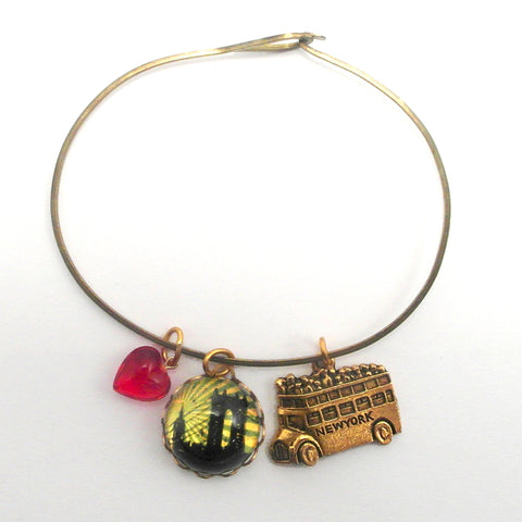 "Williamsburg Bridge, New York Tour Bus and ""I love it"" Red Bead Charm Bracelet or Necklace"