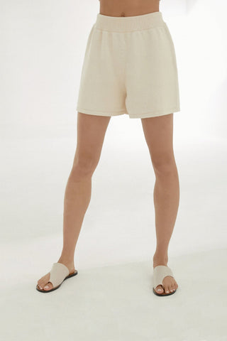 Monica Cordera, Cotton Short, Natural, image of model from waist to feet