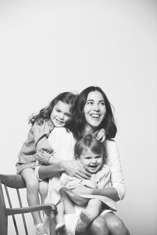 MOTHERS DAY B&W MINI SESSIONS