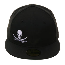 Exclusive 59Fifty Flaw Skull Cross Swords Hat - Black, White