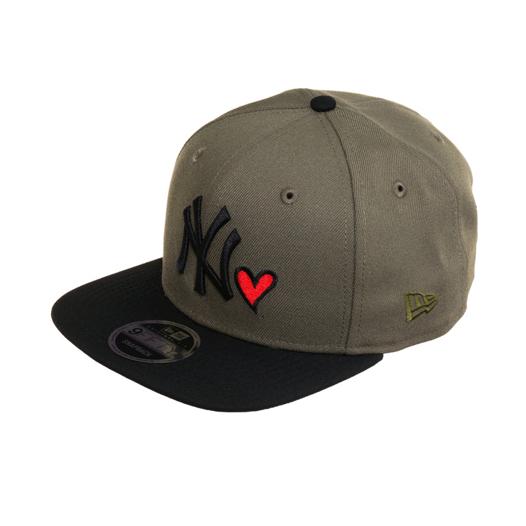 a902029c955f4c Exclusive New Era 9Fifty New York Yankees Heart Snapback Hat - 2T Olive,  Black