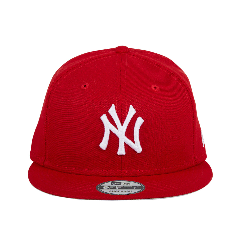 Exclusive 9Fifty MLB Basic New York Yankees Snapback Hat - Red, White