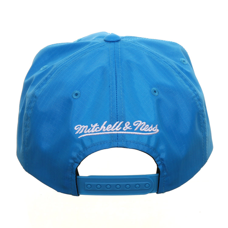Mitchell & Ness Golden State Warriors Nylon Pop 1997 W Snapback - Neon Blue