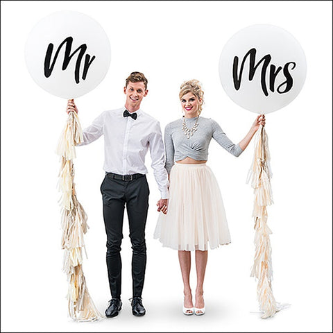 Mr & Mrs Jumbo 36 Inch Balloons With Tassel Garlands