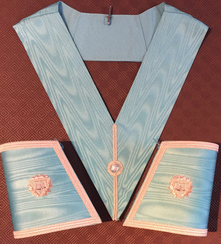 Principal Lodge Officer Collar and Gauntlets (no Jewel) - The Happy Masons' Shop