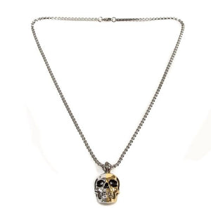 over shot of the 2 tone skull pendant from the han cholo skulls collection