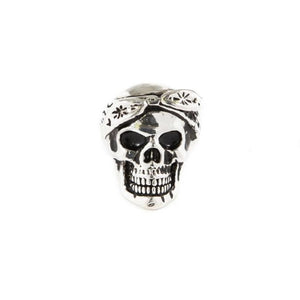 front of the Cali Love Ring in silver from the han cholo music collection