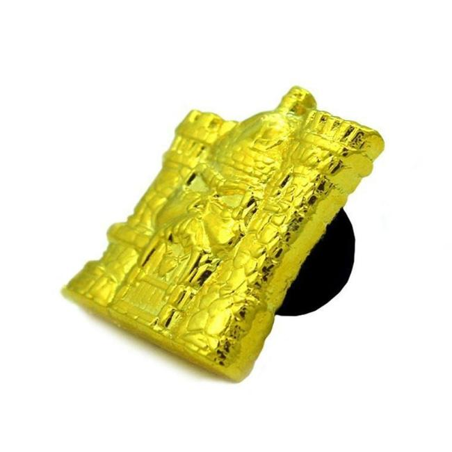 Castle Grayskull Gold 3D Metal Pin Enamel / O/s