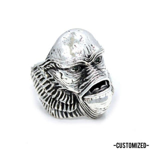right side of the custom Creature From The Black Lagoon Ring from the universal monsters collection.