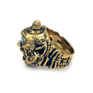 side view of the Cyclops Ring in gold from the han cholo fantasy collection