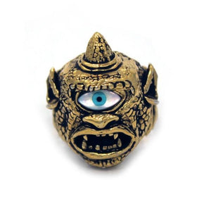 front of the Cyclops Ring in gold from the han cholo fantasy collection