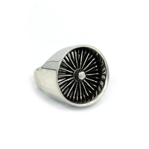 right side of the Dayton ring in silver from the han cholo cruising collection