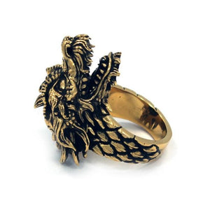 inner detail of the Dragon Ring in gold from the han cholo fantasy collection