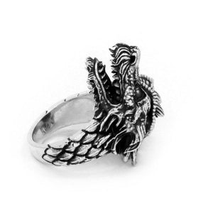 inner detail of the Dragon Ring in silver from the han cholo fantasy collection