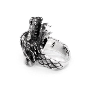 inner angle of the Dragon Ring in silver from the han cholo fantasy collection
