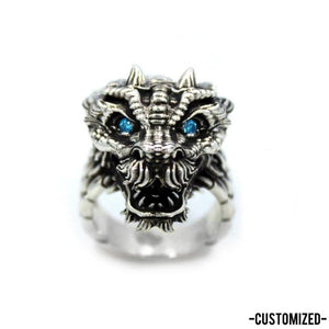 front of the Dragon Ring in silver from the han cholo fantasy collection with blue eyes