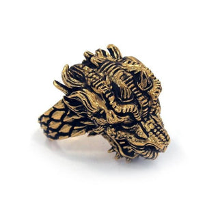 top right angle of the Dragon Ring in gold from the han cholo fantasy collection