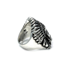 side of the Indian Chief Ring in silver from the han cholo skull collection