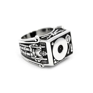 left side of the Knights Of The Turntable Ring in silver from the han cholo music collection