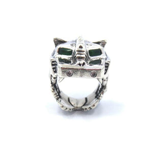 front of the Lazarus Ring in silver from the han cholo fantasy collection