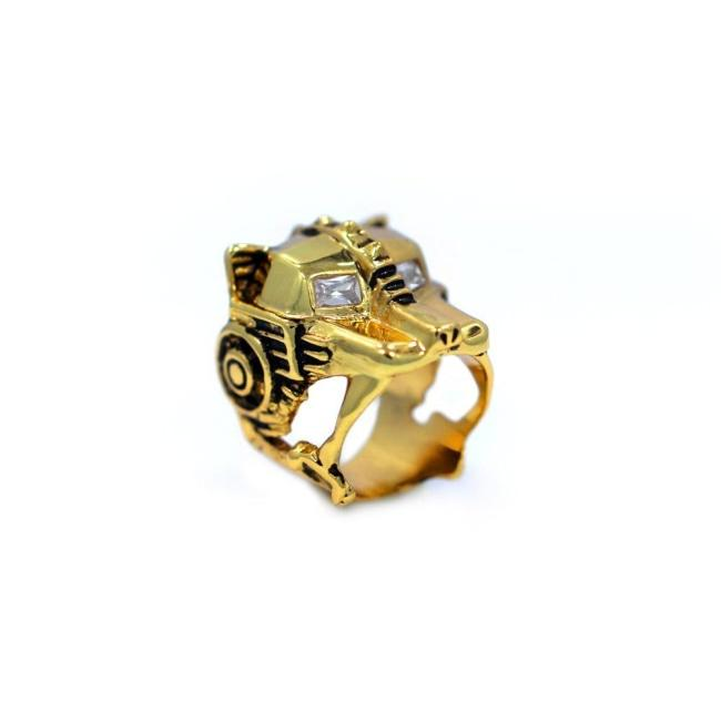 angle of the Lioness Ring in silver from the han cholo fantasy collection
