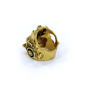 front of the Lioness Ring in gold from the han cholo fantasy collection