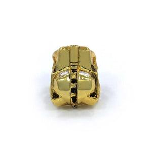 top of the Lioness Ring in gold from the han cholo fantasy collection