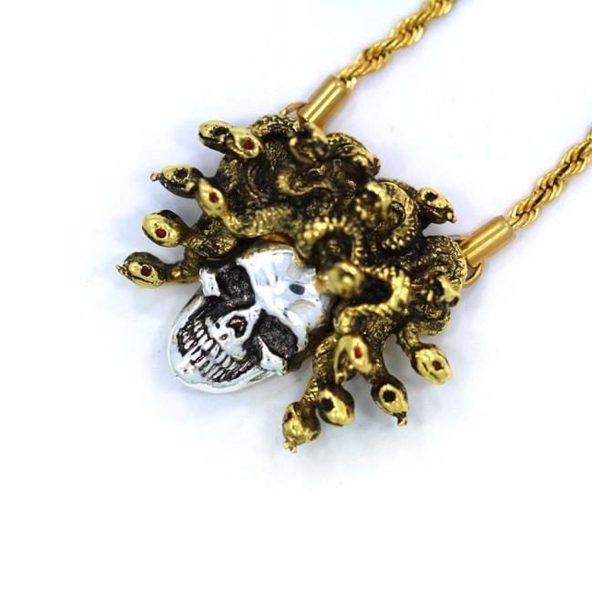 Medusa Skull Pendant Silver/gold Ss Necklaces