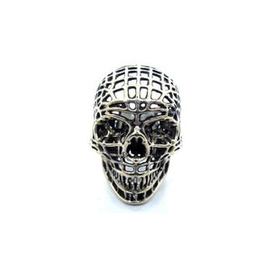 of the Mesh Skull Ring in silver from the han cholo skulls collection
