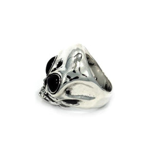 left side of the Roswell Ring in silver from the han cholo alien collection