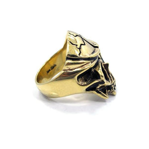 right of the Skull Ring in gold from the han cholo fantasy collection