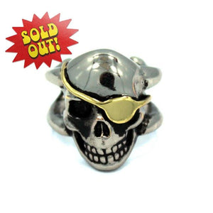 front of the Skully Rogers Ring in Silver from the han cholo skulls collection