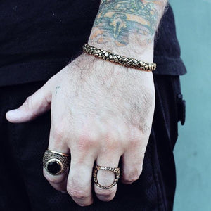 Unchained Ring, chain ring, stone ring, van halen ring, han cholo ring, han cholo jewelry, onyx ring